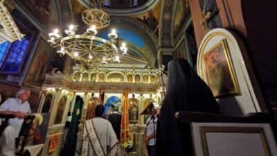Κορονοϊός: Νέα ΚΥΑ για τις εκκλησίες – Τι προβλέπει για τα μέτρα προστασίας